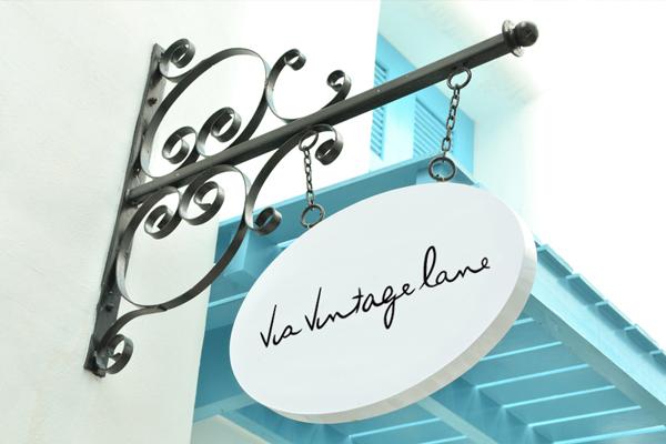 installation signage design